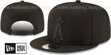 Angels TEAM-BASIC BLACKOUT SNAPBACK Hat by New Era