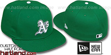 Athletics 'St Patricks Day' Fitted Hat by New Era - green