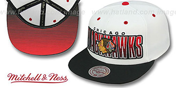 Blackhawks 'HOMESTAND SNAPBACK' White-Black Hat by Mitchell & Ness