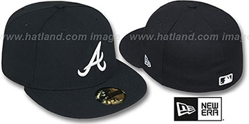 Braves 'TEAM-BASIC' Black-White Fitted Hat by New Era