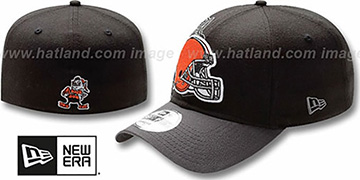 Browns NFL BLACK-CLASSIC FLEX Hat by New Era