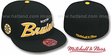 Bruins 'CLASSIC-SCRIPT' Black Fitted Hat by Mitchell & Ness