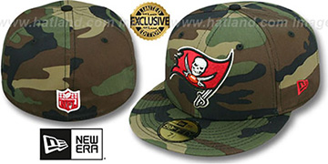 Buccaneers 'NFL TEAM-BASIC' Army Camo Fitted Hat by New Era