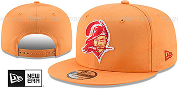 Buccaneers 'THROWBACK TEAM-BASIC SNAPBACK' Orange Hat by New Era