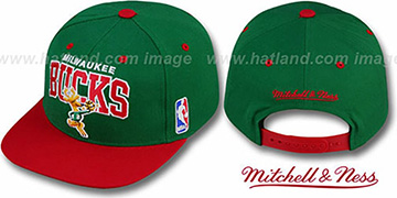 Bucks '2T TEAM ARCH SNAPBACK' Adjustable Hat by Mitchell & Ness