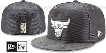 Bulls 2017 ONCOURT Charcoal Fitted Hat by New Era