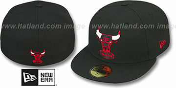 Bulls 'CHENILLE APPLIQUE' Black Fitted Hat by New Era