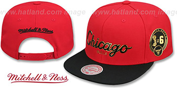 Bulls CITY CHAMPS SCRIPT SNAPBACK Red-Black Hat by Mitchell and Ness