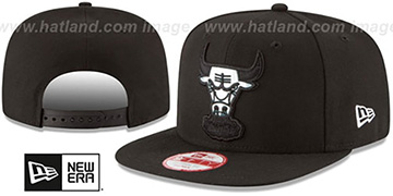 Bulls 'FOIL LOGO SNAPBACK' Black Hat by New Era