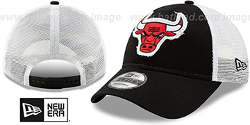 Bulls FRAYED LOGO TRUCKER SNAPBACK Hat by New Era