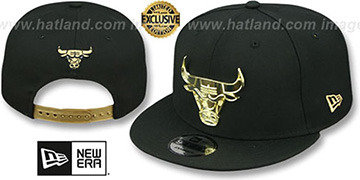 Bulls 'GOLD METAL-BADGE SNAPBACK' Black Hat by New Era