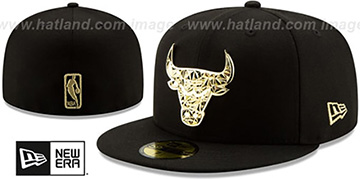 Bulls GOLD SHATTERED METAL-BADGE Black Fitted Hat by New Era
