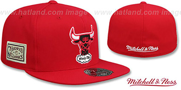 Bulls HWC SIDE-PATCH Red Fitted Hat by Mitchell and Ness