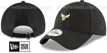 Bulls MINI GOLD METAL-BADGE STRAPBACK Black Hat by New Era