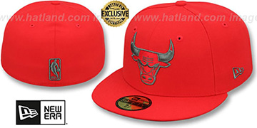 Bulls NBA TEAM-BASIC Fire Red-Charcoal Fitted Hat by New Era