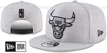 Bulls SILKED-XL SNAPBACK Heather Light Grey Hat by New Era