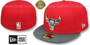 Bulls SILVER METAL-BADGE Red-Shadow Tech Fitted Hat by New Era