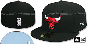 Bulls SKY-BOTTOM Black Fitted Hat by New Era