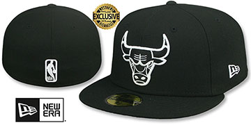 Bulls NBA TEAM-BASIC Black-White Fitted Hat by New Era