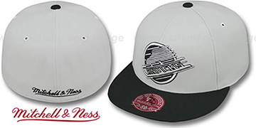 Canucks 'MONOCHROME XL-LOGO' Grey-Black Fitted Hat by Mitchell & Ness