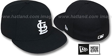 Cardinals 'TEAM-BASIC' Black-White Fitted Hat by New Era