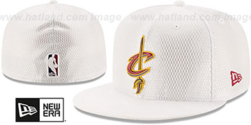 Cavaliers 2017 ONCOURT DRAFT White Fitted Hat by New Era