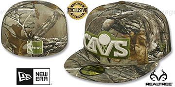 Cavaliers 'NBA TEAM-BASIC' Realtree Camo Fitted Hat by New Era