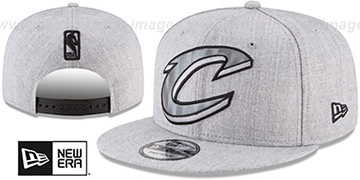 Cavaliers SILKED-XL SNAPBACK Heather Light Grey Hat by New Era