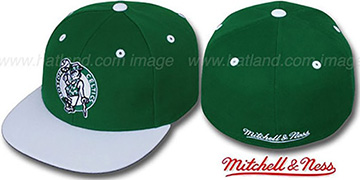 Celtics '2T CLASSIC THROWBACK' Green-White Fitted Hat by Mitchell & Ness