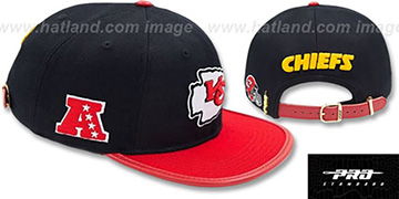Chiefs LOGO-MARK STRAPBACK Black-Red Hat by Pro Standard