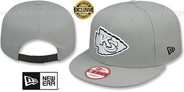 Chiefs NFL TEAM-BASIC SNAPBACK Grey-Black Hat by New Era