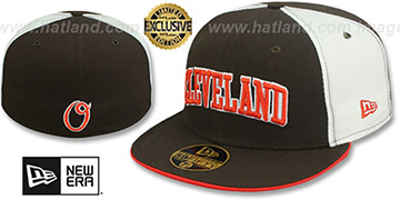 Cleveland 'CITY-PINWHEEL' Brown-White Fitted Hat by New Era
