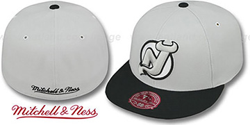 Devils 'MONOCHROME XL-LOGO' Grey-Black Fitted Hat by Mitchell & Ness