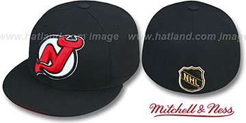 Devils 'XL-LOGO' Black Fitted Hat by Mitchell & Ness