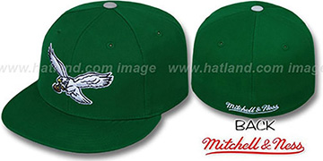 Eagles 'CLASSIC THROWBACK' Green Fitted Hat by Mitchell & Ness