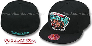 Grizzlies 'XL-LOGO BASIC' Black Fitted Hat by Mitchell & Ness