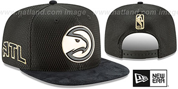 Hawks 2017 NBA ONCOURT SNAPBACK Black-Gold Hat by New Era