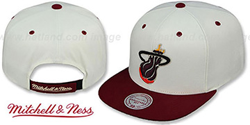 Heat 'CREAMTOP STRAPBACK' Hat by Mitchell & Ness