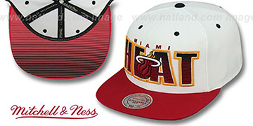 Heat 'HOMESTAND SNAPBACK' White-Burgundy Hat by Mitchell & Ness