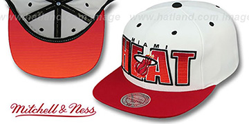 Heat HWC HOMESTAND SNAPBACK White-Red Hat by Mitchell & Ness