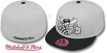 Hornets MONOCHROME XL-LOGO Grey-Black Fitted Hat by Mitchell & Ness