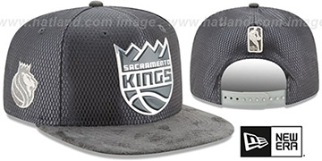 Kings 2017 NBA ONCOURT SNAPBACK Charcoal Hat by New Era