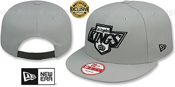 Kings TEAM-BASIC SNAPBACK Grey-Black Hat by New Era