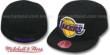 Lakers 'XL-LOGO BASIC' Black Fitted Hat by Mitchell & Ness