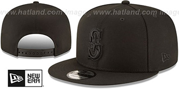 Mariners TEAM-BASIC BLACKOUT SNAPBACK Hat by New Era