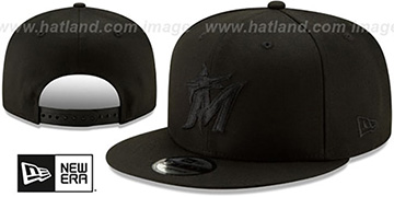 Marlins TEAM-BASIC BLACKOUT SNAPBACK Hat by New Era