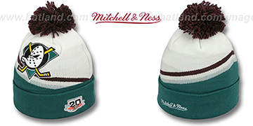 Mighty Ducks 'XL-LOGO BEANIE HOME' White by Mitchell and Ness