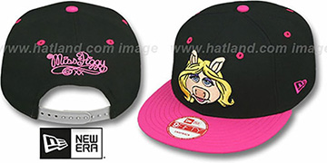 Miss Piggy 'MUPPETS' Black-Pink Snapback Hat by New Era