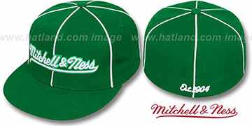 Mitchell and Ness 'PIPING' Green-White Fitted Hat