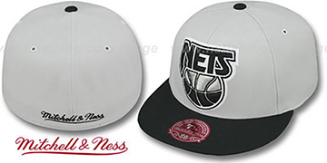 Nets MONOCHROME XL-LOGO Grey-Black Fitted Hat by Mitchell & Ness